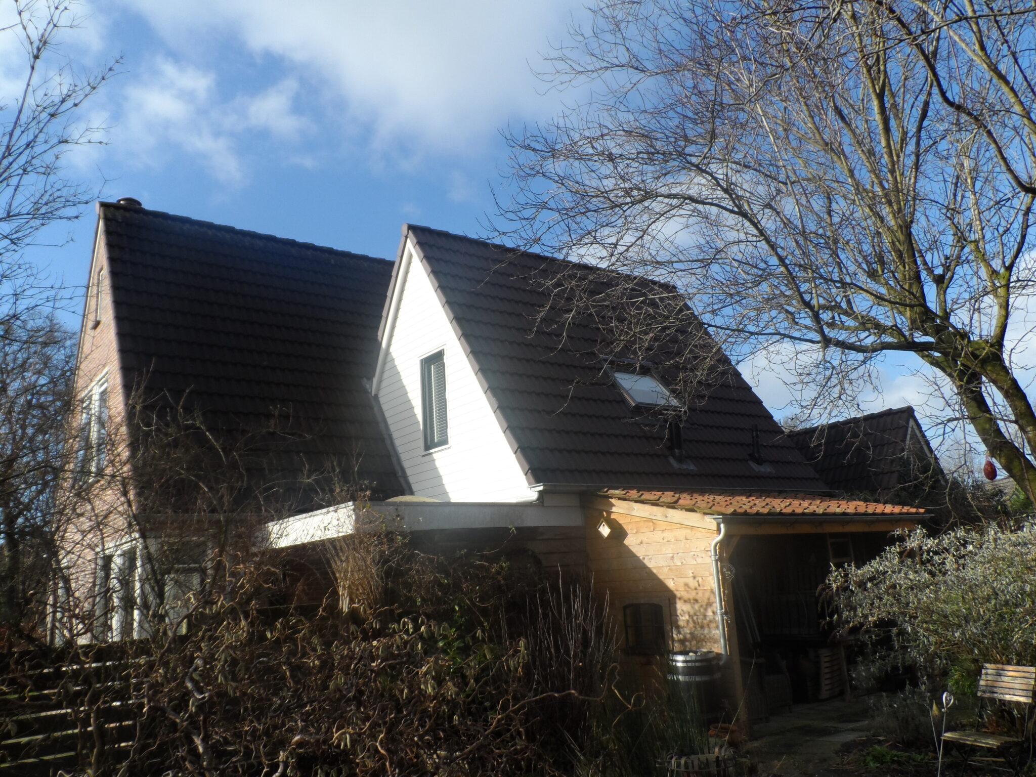 foto van het geleverde werk van een dak